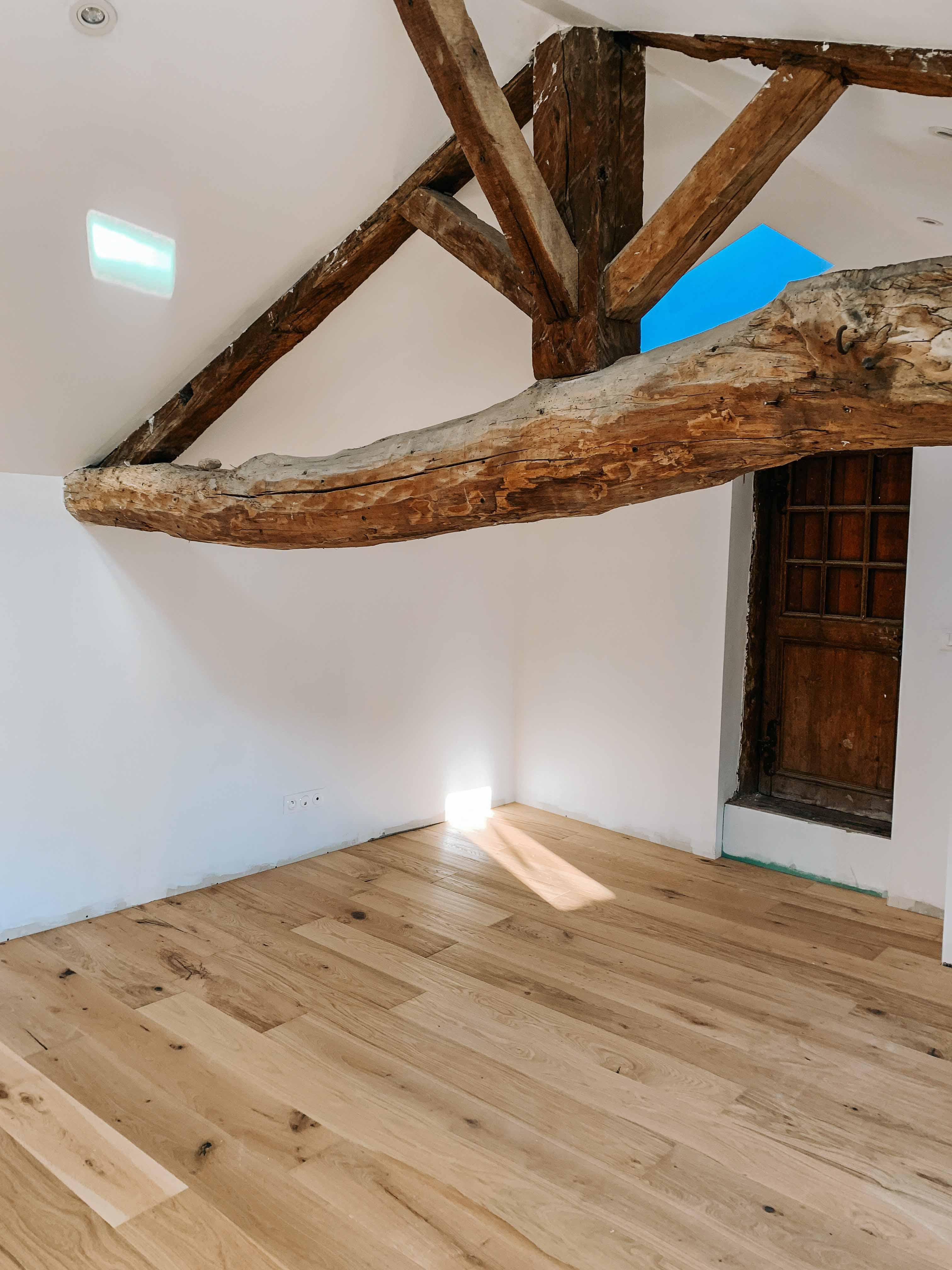 architecte-lyon-rénovation-presbytere-marcilly-azergues-pierre-dorée-38